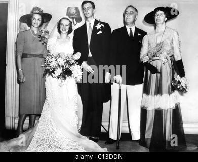 Eleanor Roosevelt In Her Wedding Dress 1905 FDR Presidency From Left Francis Clark Anne John