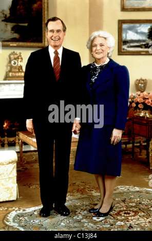 Presidential portrait of GEORGE BUSH and First Lady BARBARA BUSH - Stock Photo