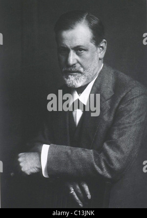 Sigmund Freud (1856-1939), with arms resting on back of chair. Photogravure by Max Halberstadt, who was also the - Stock Photo