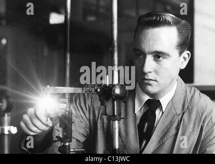 FBI scientists applied technology in criminal investigations. Ca. 1950. - Stock Photo