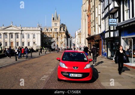 Street Scene in Kings Parade, looking towards The Senate House and Gonville and Caius College, Cambridge, England, - Stock Photo