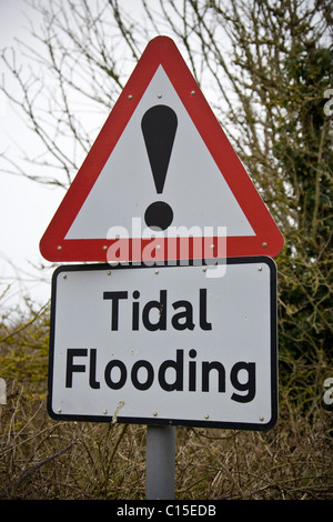 Tidal Flooding warning sign on the North Norfolk Coast - Stock Photo