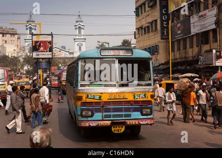 India, West Bengal, Kolkata, Barabazaar, Brabourne Road, traffic in front of Holy Rosary Catholic Cathedral - Stock Photo
