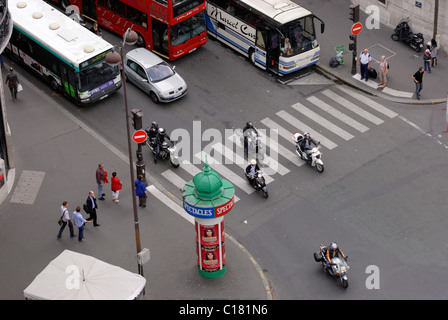 View from above of traffic at an intersection in Paris France. - Stock Photo