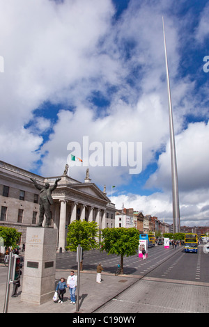 Sculpture of Jim Larkin Spire Monument and Main Post Office O'Connell St Street City Centre Dublin Ireland Eire - Stock Photo