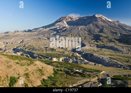Active volcano Mount St. Helens smoking, National Volcanic Monument State Park, Washington, USA, North America - Stock Photo