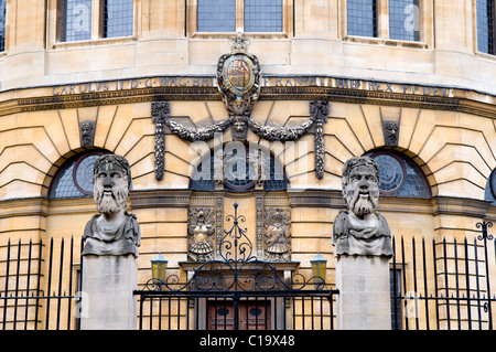 The front of the Sheldonian Theatre in Oxford, England, UK - Stock Photo