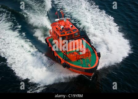 Pilot vessel - Stock Photo
