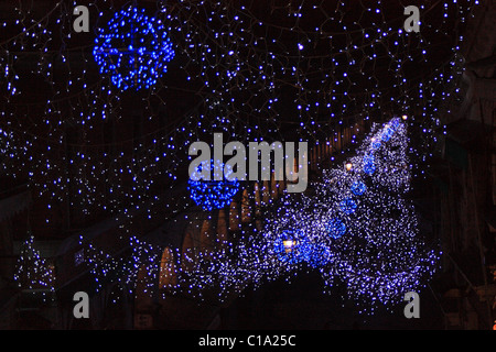 Christmas lights at Rìalto Bridge - Stock Photo
