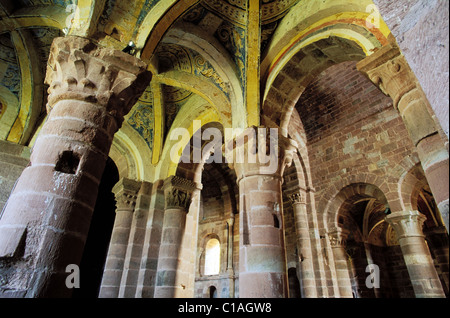 France, Aveyron, Lot valley, an 11th C persian roman church in Espalion - Stock Photo