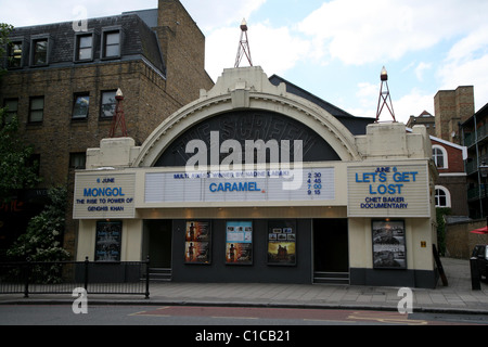 General View gv of the Screen on the Green cinema on Upper Street, Islington, London, England. - Stock Photo