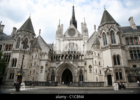 General View gv of the Royal Courts of justice or High Court on The Strand, London, England. - Stock Photo
