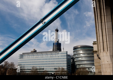 Ancient and Modern. The Shard from Tower Bridge showing City Hall. The Shard, 32 London Bridge by architect Renzo - Stock Photo