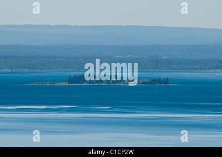 Lake Yellowstone,Butte Turnoff,Views of Teton Range Mountains,Dot Island, Steamboat Point,Sedge Bay,Yellowstone - Stock Photo