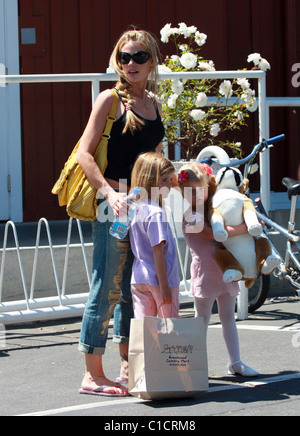 Denise Richards  Visited a country mart in Brentwood, her little girls look a little grumpy  Los Angeles, California - Stock Photo