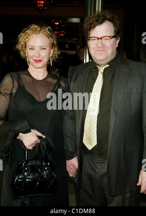 J. Smith Cameron and her husband Kenny Lonergan Opening Night of the Broadway play 'The Philanthropist' starring - Stock Photo