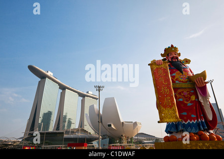 River Hongbao festivities (chinese new year) with the Marina Bay Sands Hotel in the background.  Marina Bay, Singapore - Stock Photo