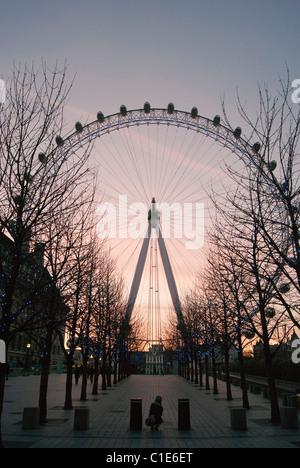 Sunset over the London Eye, Riverside Building, County Hall, Westminster Bridge Road, London, SE1 7PB, England, - Stock Photo
