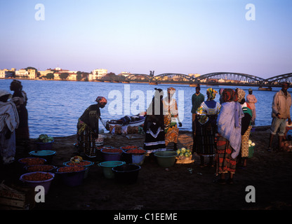 Senegal, Saint Louis area, view of the city from the Senegal river, morning fruit and vegetable market - Stock Photo