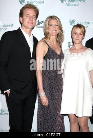 Matthew Modine ,Mary Stewart Masterson and Paula Zahn Rainforest Alliance 2009 Annual Gala New York City, USA - - Stock Photo