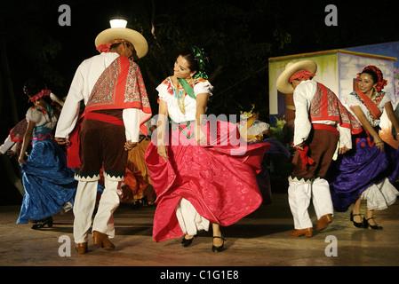 Mexico, Yucatan State, Merida, folklorics dansers - Stock Photo