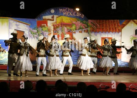 Mexico, Yucatan State, Merida, folklorics danse - Stock Photo