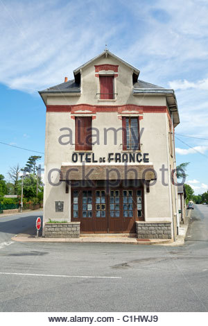The now abandoned Hotel de France in Dun-le-Palestel. La Cresue, Limousin, France. - Stock Photo