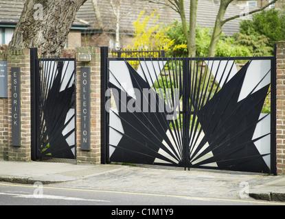 Estorick Collection of Modern Italian Art, Canonbury Square, Islington, London. Futurist gates. - Stock Photo