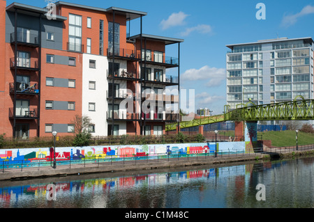 Apartments on the banks of the River Irwell,Salford. - Stock Photo