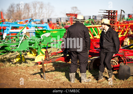 Amish Men In Hats At Farm Auction In Central New York