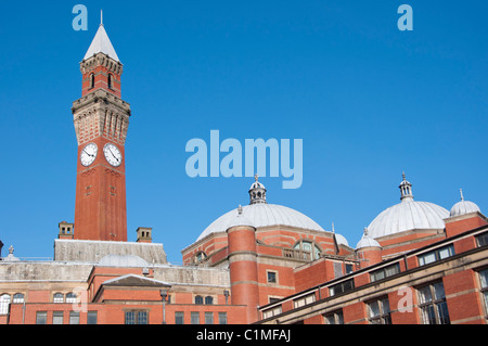 Joseph Chamberlain Memorial Clock Tower in Chancellor's court at the University of Birmingham. England. - Stock Photo