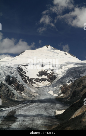 The Pasterze Glacier (is the longest glacier in Austria) at the Hohe Tauern National Parc Carinthia, Austria - Stock Photo