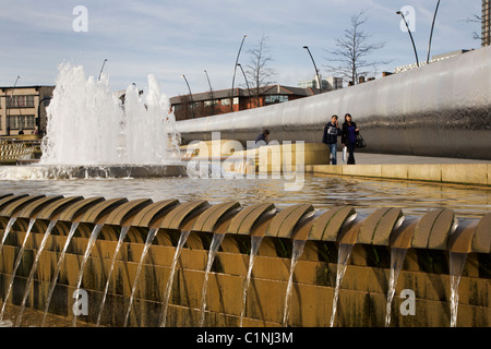 Cutting Edge Sculpture and Fountain Sheaf Square Sheffield South Yorkshire England - Stock Photo