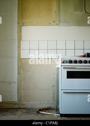 Empty kitchen with cooker - Stock Photo