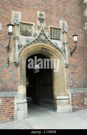 England, Cambridge, St. John's College, Chapel entrance - Stock Photo