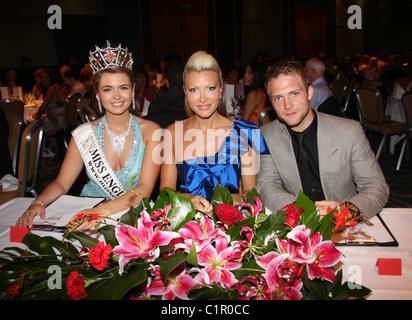 Laura Coleman, Caprice and Chris Fountain Miss England 2009 final held at the Hilton London Metropole Hotel London, - Stock Photo