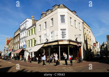 Street Scene in Kings Parade, Cambridge, England, Uk - Stock Photo