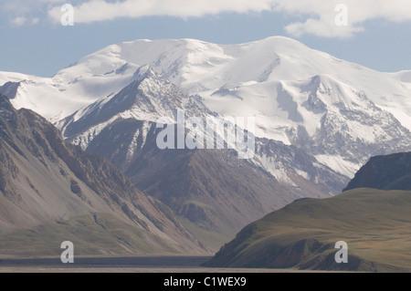 Kyrgyzstan, Osh Province, Mountains near Sary Tash - Stock Photo