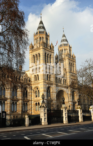 Natural History Museum Entrance Cromwell Road London - Stock Photo