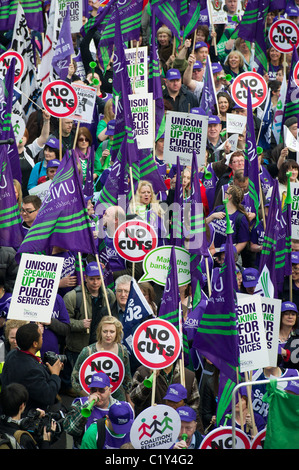 The March Against cuts is attended by several hundred thousand, young and old. It ends with a rally in Hyde Park - Stock Photo