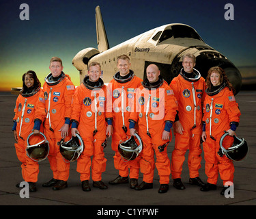 The Crew Of Space Shuttle Mission Sts 31 1990 Stock Photo
