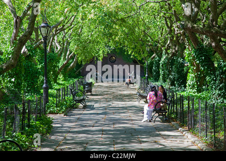 Conservatory Gardens, Central Park, Manhattan, New York - Stock Photo