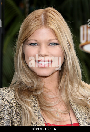 DONNA D'ERRICO HOP. WORLD PREMIERE UNIVERSAL PICTURES UNIVERSAL CITY CALIFORNIA USA 27 March 2011 - Stock Photo