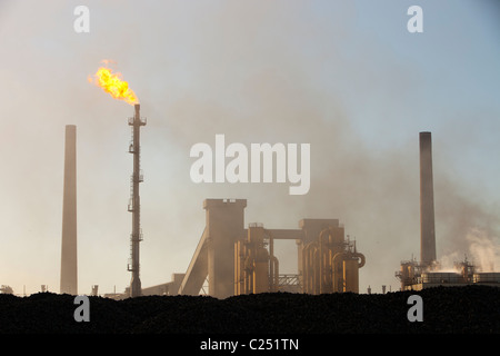 Air pollution and emissions from Redcar steel works, Teeside, UK. - Stock Photo