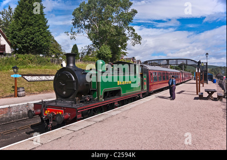 steam engine Braeriach standing at the platform on Boat of Garten railway station en route to Aviemore - Stock Photo