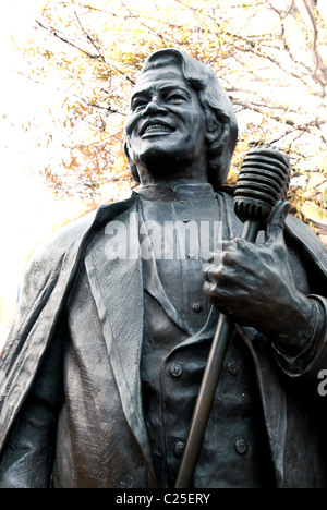 James Brown life-size bronze statue on Broad Street in Augusta, Georgia, USA - Stock Photo