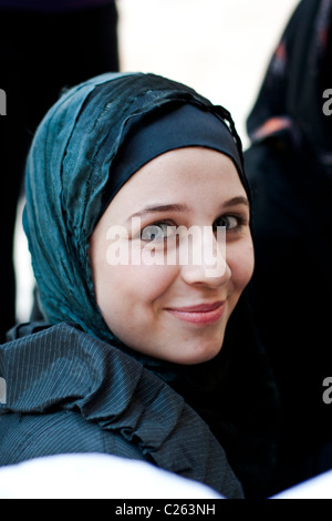 Arab woman at the Umayyad Mosque, Damascus, Syria - Stock Photo