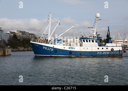 Fishing Trawler Sustain returning to the Barbican harbour Plymouth England UK - Stock Photo