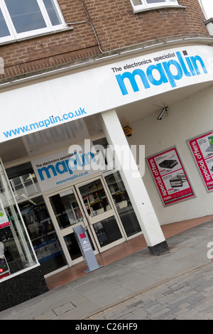 MAPLIN,popular high street electronics specialist retailers, their Shrewsbury branch is viewed here at an slight - Stock Photo