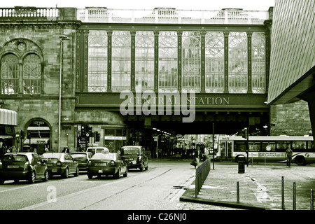 Glasgow central train station - Stock Photo